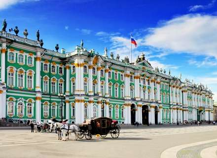 Discover the Beauty of the Russian Venice - St. Petersburg (CB-02)
