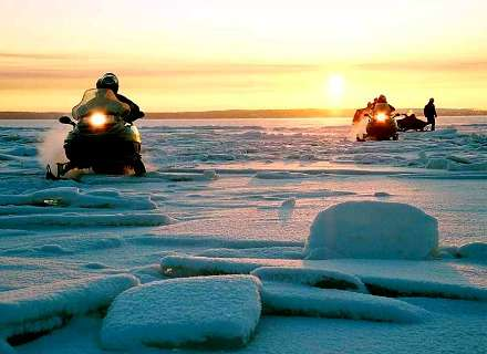 Snowmobile Safari to the Snowy Domes of Kizhi (KL-05)